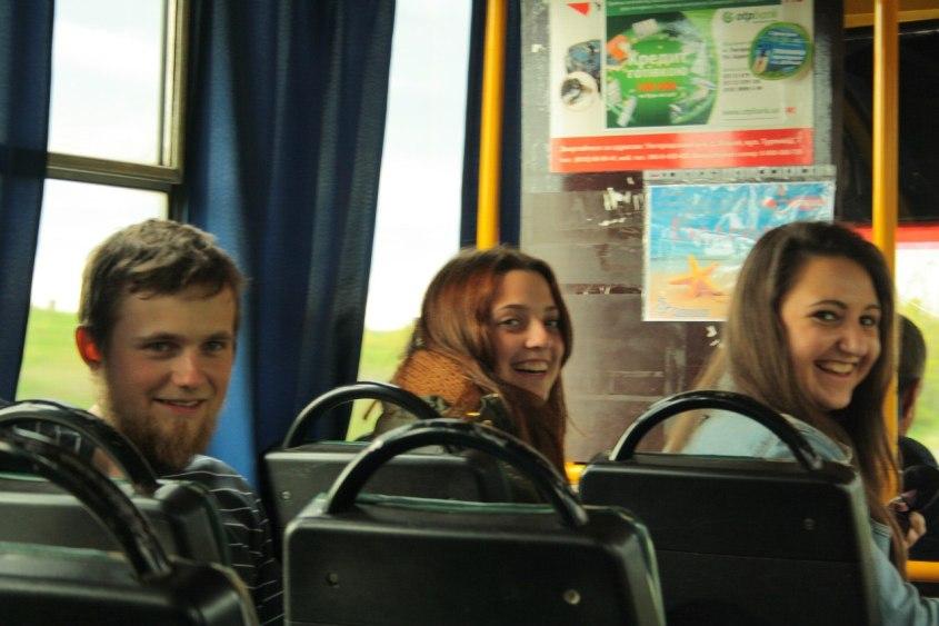 повний автобус буратін